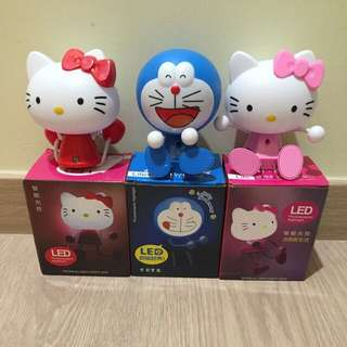Brand New Adorable Hello Kitty (red/pink) night light. 🎁Great for own use or as a gift 🎁 Refer to pictures for reference😁