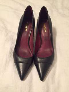 Coach Black Pointed Toe Pumps / Heels