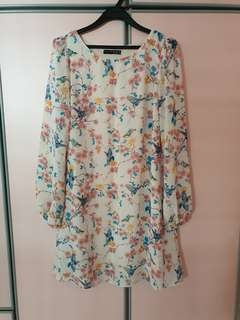 Floral knee length dress with long sleeve