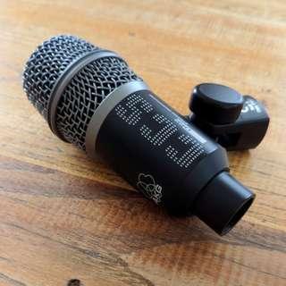 AKG Acoustics D22 - Dynamic Instrument Microphone