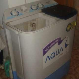 Mesin Cuci 2 Tabung Aqua Sanyo