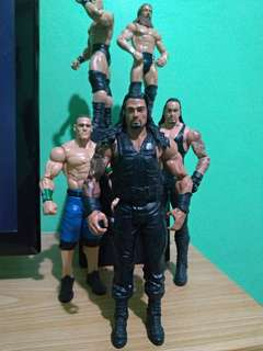WWE Roman Reigns basic Mattel