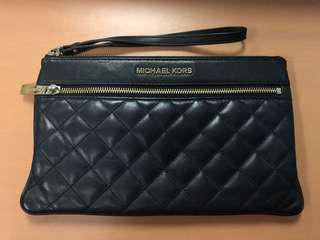 Michael Kors large black Selma zip clutch leather wallet - authentic