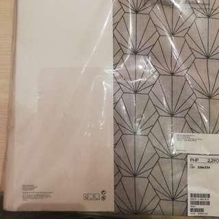 H & M duvet cover ( Queen Size)