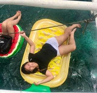 HQ Pineapple inflatable floater / salbabida