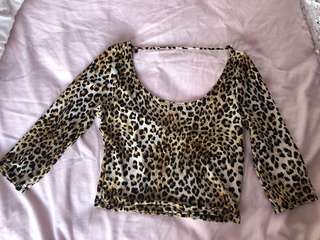 Leopard detailed cropped top