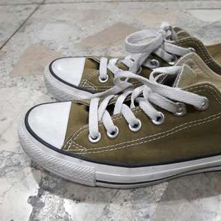 Chuck Taylor Converse Low-Cut Shoes Sneakers