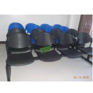 4 SEATER PVC TYPE GANG CHAIR COLOR BLUE--KHOMI