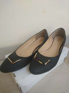 Low wedges shoes