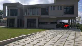 Huge bungalow and land for sale