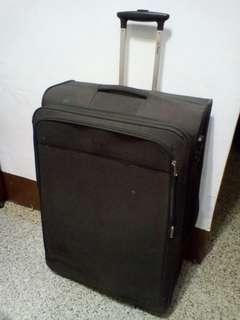 大行李箱近全新