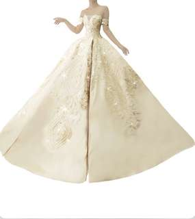 Ball gown with trail for rent