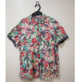 3XL Floral Blouse with side pockets and breast pocket