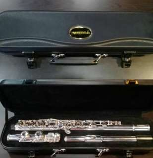 Fernando Flute and Musical Stand