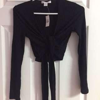 Black Wrap Crop Top Size XS-S