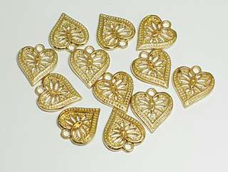 12pcs. Carved Gold Heart Charm