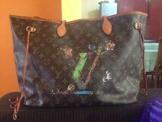 LV Neverfull limited edition With code