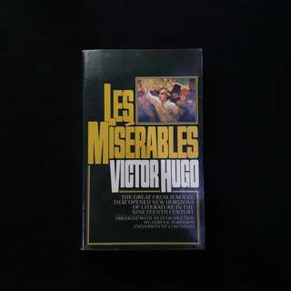 Les Miserables (Abridged) - Victor Hugo
