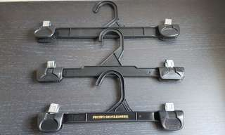 Hangers for pants (18 pcs)