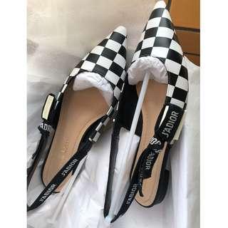 全新型格 J'ADior 女裝尖頭鞋 (Size: 35.5)