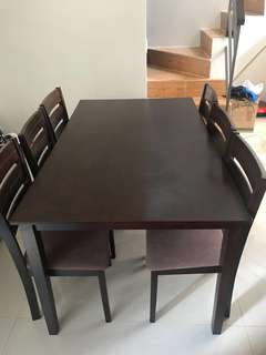 6 seaters Dining Table