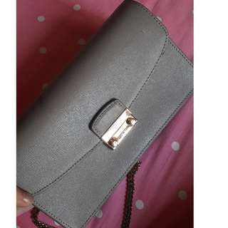 PRELOVED FURLA MINI POCHETTE (JUAL RUGI)