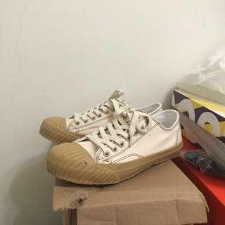 🚚 Aimekije餅乾鞋