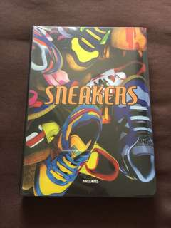SNEAKERS shoe book