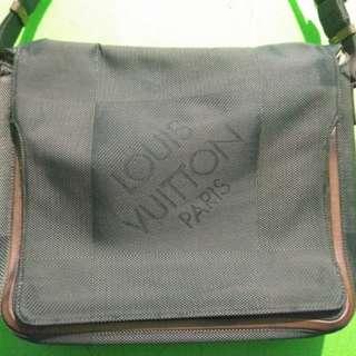 Louis Vuitton Tas Pria