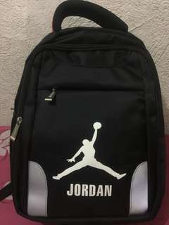 Backpack not orig