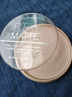 RIMMEL - STAY MATTE COMPACT POWDER