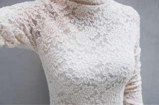 🚚 古典米白蕾絲洋裝