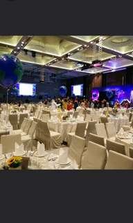 Wedding dinner balloon deco