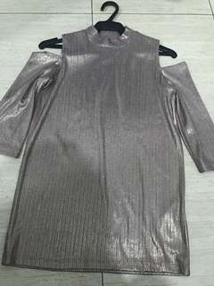 Stradivarious Metallic Top