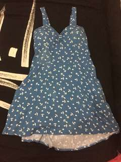 Anchor dress with pad