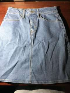 Gu 牛仔短裙 A字裙 skirt