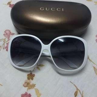 Gucci 經典墨鏡