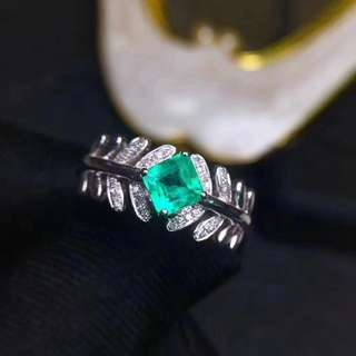 18&白金 祖母綠鑽石戒指