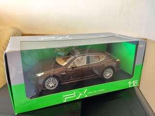 1:18 Welly FX Porsche Panamers S Model Car
