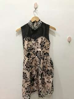 Dress bunga salem