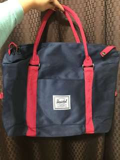 ON SALE AND ON HAND! Brand new Herschel big bag