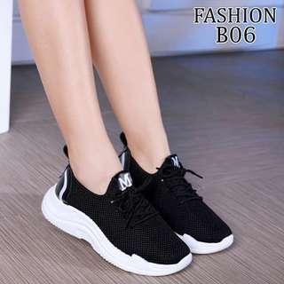 Sepatu Sneakers Sport Womens Megan Swing Semi Premium