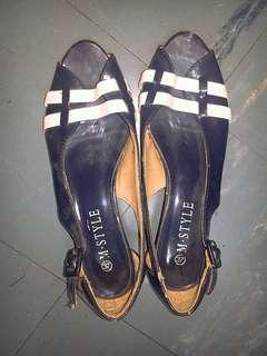 👡 blue sandals