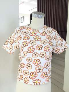 Flower orange top