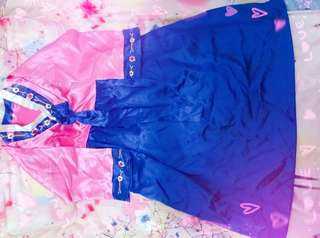 韓國傳統服裝~韓國少女刺綉服裝(*๓´╰╯`๓)♡