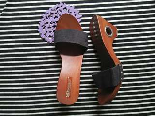 Sandal kayu