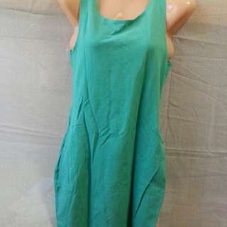 Dress mint green with pocket on both side