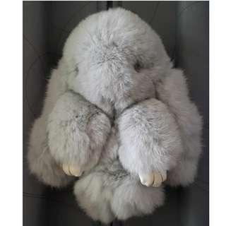 🚚 裝死兔 娃娃 吊飾 掛飾 灰色