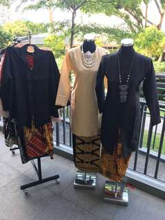 Kurung/kebaya with batik