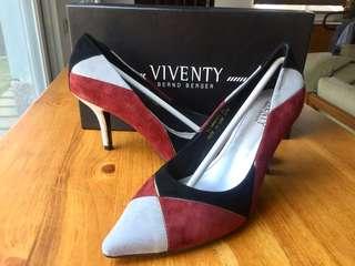 🚚 所有商品皆可議價‼️ 全新未穿 Tino Bellini 幾何藝術色塊拼接跟鞋 黑紅